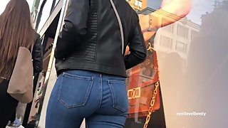 Candid Blonde Teen Ass In Jeans Walking