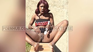 Tattooed Ebony Almost Caught Cumming At The Park