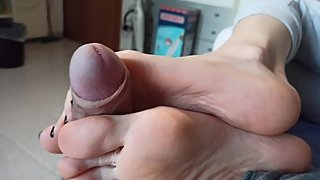 Side solejob and footjob with long toes spreading