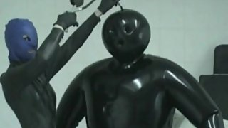 Heavy Rubber Latex Lesbian Teens Inflateable Suit Breath Play Control Mask