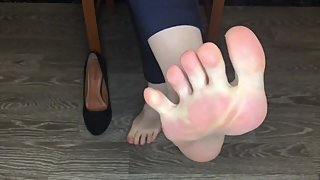 kelly_feet office secretary in black nylon stockings after work shoes slave