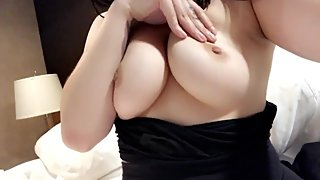 tinysubmissy Playing with my gorgeous natural big tits and showing you !